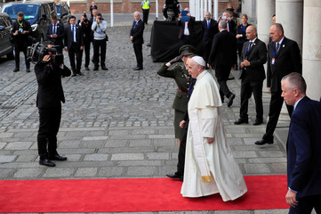 Pope Francis leaves Dublin Castle during his visit to Dublin