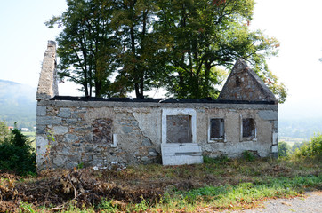 verfallenes Haus, Ruine Wall mural