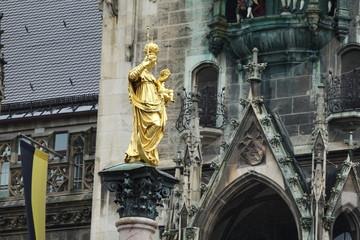 Türaufkleber Schiff Mariensäule in München