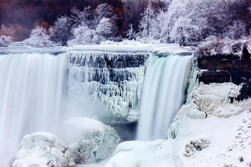 Niagara Falls - Frozen