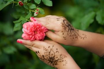 Hands of girls