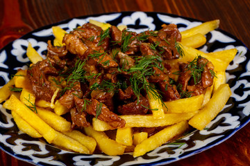 Fried potato with beef