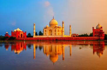 Fototapete - Taj Mahal, Agra, India, on sunset