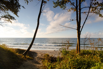 Morze Jastrzębia Góra fale lato polskie morze