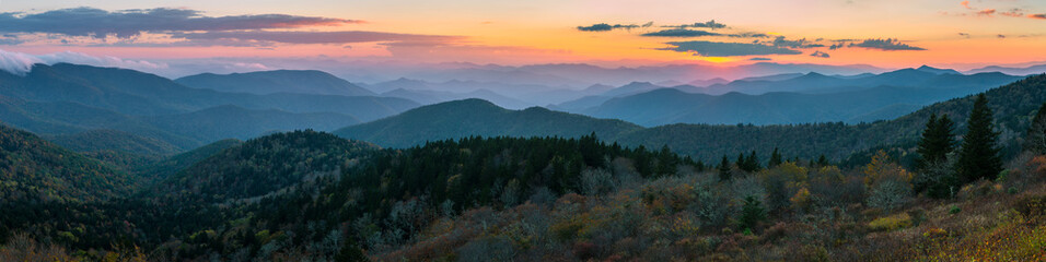 Schilderijen op glas Bergen Blue Ridge Mountains scenic sunset