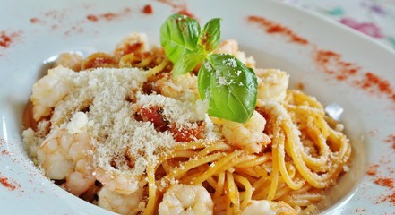 meal food pasta parmesan prawns lunch healthy italy place cheese leaf hungry dinner