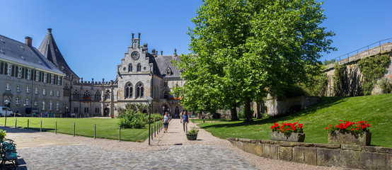 Fototapete - Panorama of the courtyard of the Bentheim castle, Germany