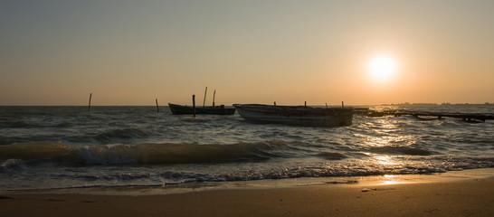 Gün Batımında Denizi İzlemek
