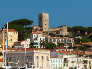 Wall Mural - Cannes - View of the old city