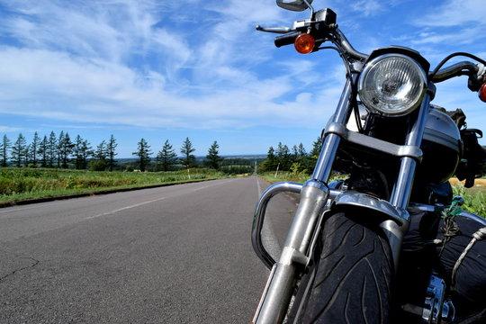 果て無き道とバイク