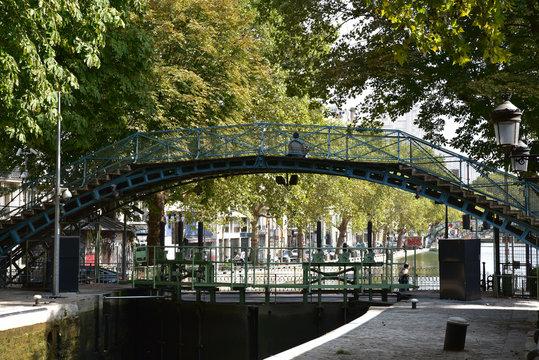 Pont du Canal Saint-Martin à Paris, France