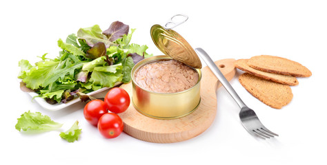 Canned tuna in olive oil with tomatoes, salad and croutons on white background