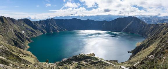 Panorama de la Lagune de Quilotoa, Équateur