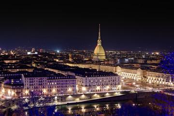 Torino - vista della città e della Mole Antonelliana dalla balconata di Monte dei cappuccini