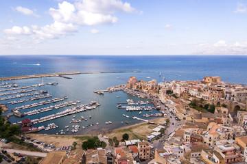 Porto di Castellammare del Golfo visto dal drone