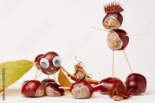 Kastanienmannchen Basteln Mit Kastanien Im Herbst Stock Photo And