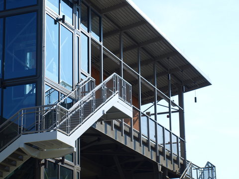 A new Monorail connection at Las Colinas connects residential, hotels, businesses to new entertainment and light rail system.