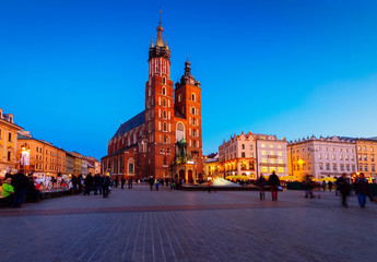 Autocollant pour porte Cracovie Market square with st Mary cathedral church in Krakow at night, Poland, retro toned