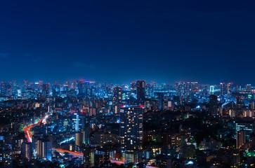 東京夜景・都心のマンション群