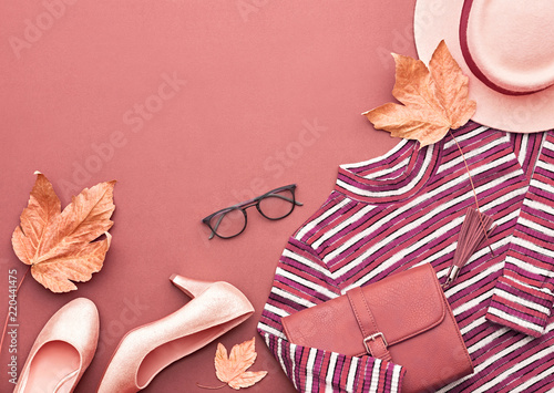 Autumn Arrives. Fashion Lady Clothes Outfit. Trendy Knit Jumper 14fa2a137