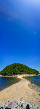 砂の道と島