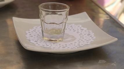 Vaso de cristal vacio