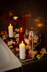 Bath with rose petelas and candles