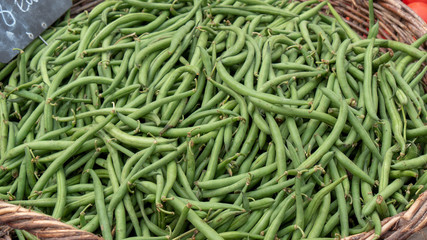 organic green beans on the market