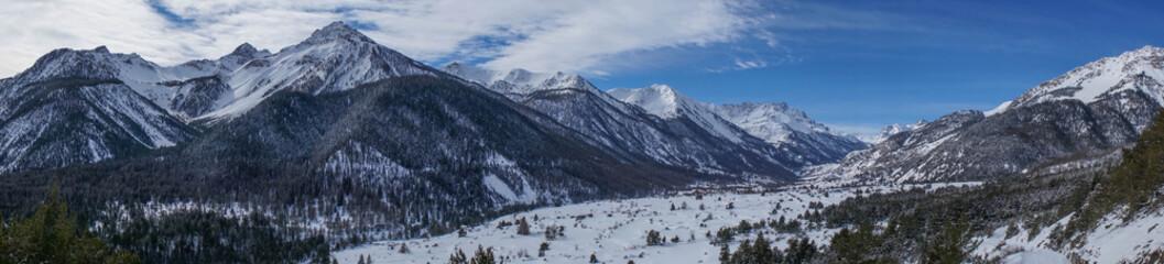 Vallée de la clarée in the winter