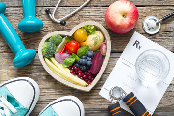 Fototapeta Healthy lifestyle concept with diet  fitness and medicine  obraz