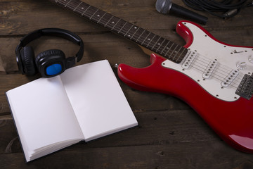 Electric guitar wallpaper with writing pad