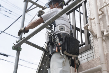 働く人・住宅・足場仮設作業 外壁工事 解体素材汎用