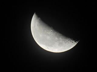 月イメージ素材、月齢23.3