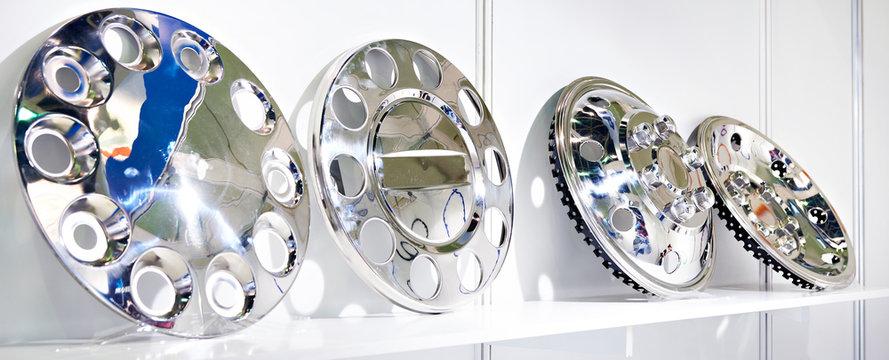 Decorative chrome hub caps for truck