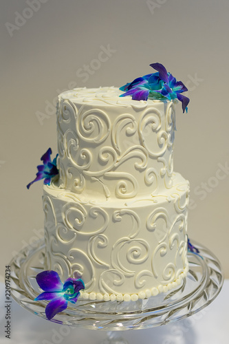 Classic 2 Tier Wedding Cake With Buttercream Piping And Floral
