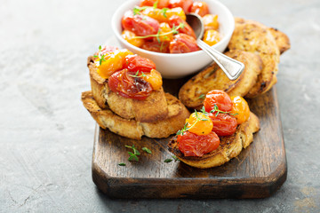 Roasted tomatoes bruschetta
