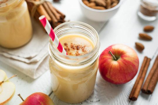 Apple pie protein smoothie