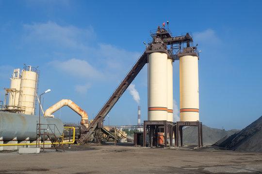 Asphalt factory plant