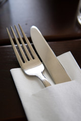 Clean cutlery