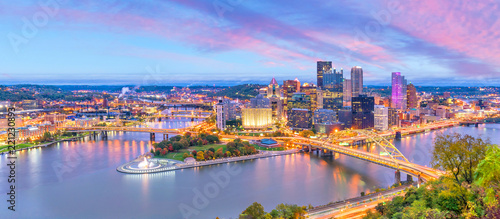 Wall mural Downtown skyline of Pittsburgh, Pennsylvania at sunset