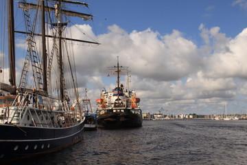 Maritimes Flair im Rostocker Stadthafen