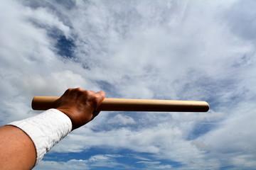 和太鼓のバチを持った手、イメージ素材