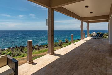 Luxury Balcony/Deck Overlooking Caribbean Sea