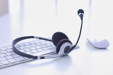 Communication support, call center and customer service help de