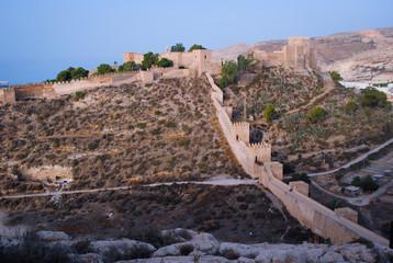 Alcazaba cerro abajo