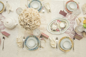 women's tea and luncheon table setting