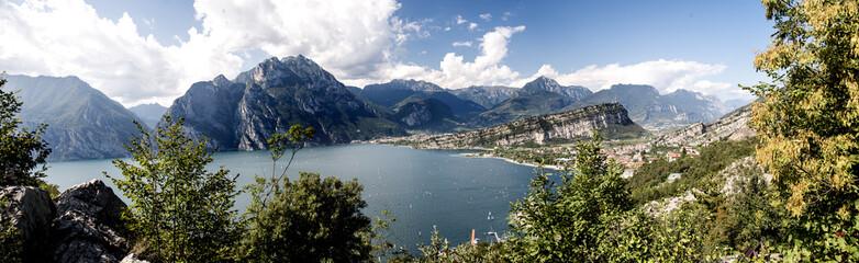 Panoramica del Lago di Garda