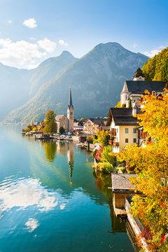 Famous Hallstatt village in Alps mountains, Austria. Beautiful autumn landscape