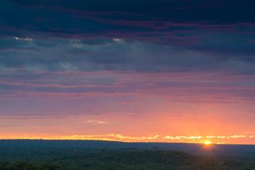 Sonnenuntergang in Afrika (Botswana und Zimbabwe)