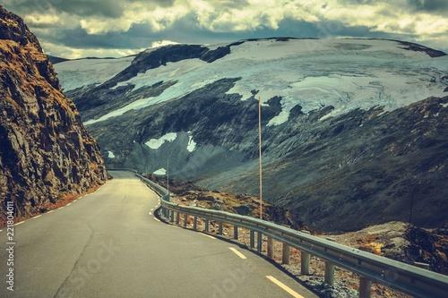 Wall mural Scenic Norwegian Route